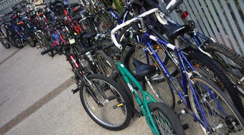 """יואב מאור מספר על מאחורי הקלעים של """"החג של חנויות האופניים"""""""