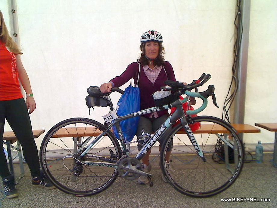 1-מפקידה את האופניים והציוד