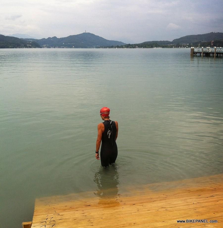 אימון שחייה לתחרות Ironman Autria 2013