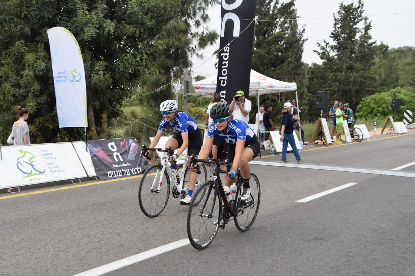 הילה יצחק מנצחת את חברתה לנבחרת ישראל אחרי שעבדו ביחד