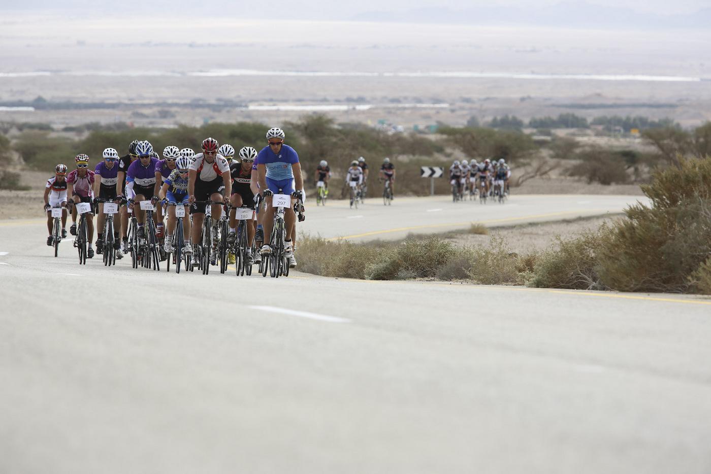 צלמי האופניים - על האנשים שמאחורי העדשה