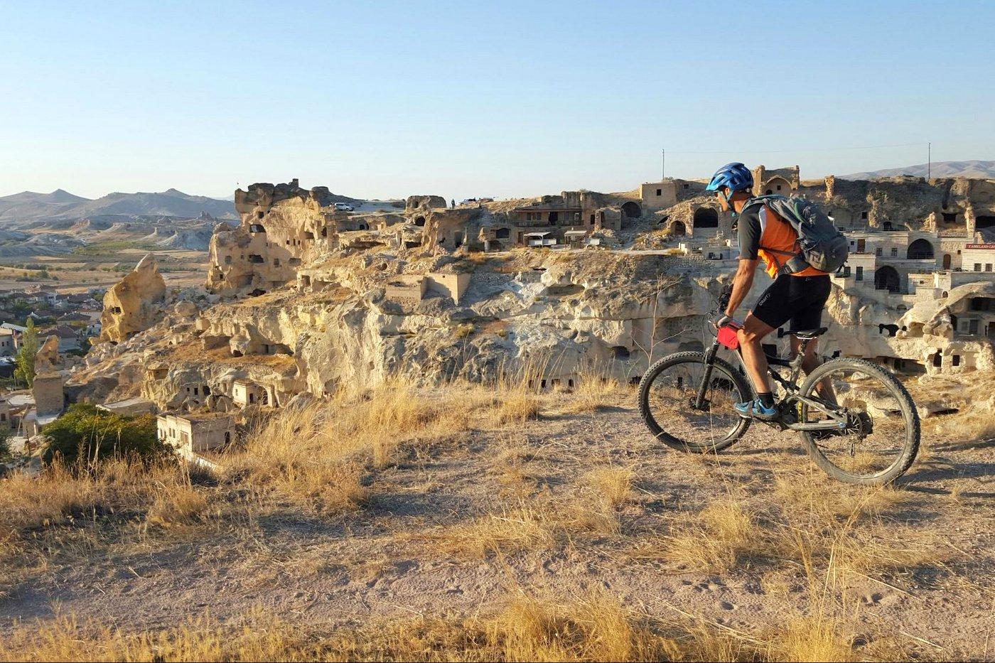 רוכבים אופני הרים בטורקיה