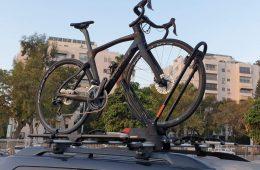 מתקן אופניים לרכב