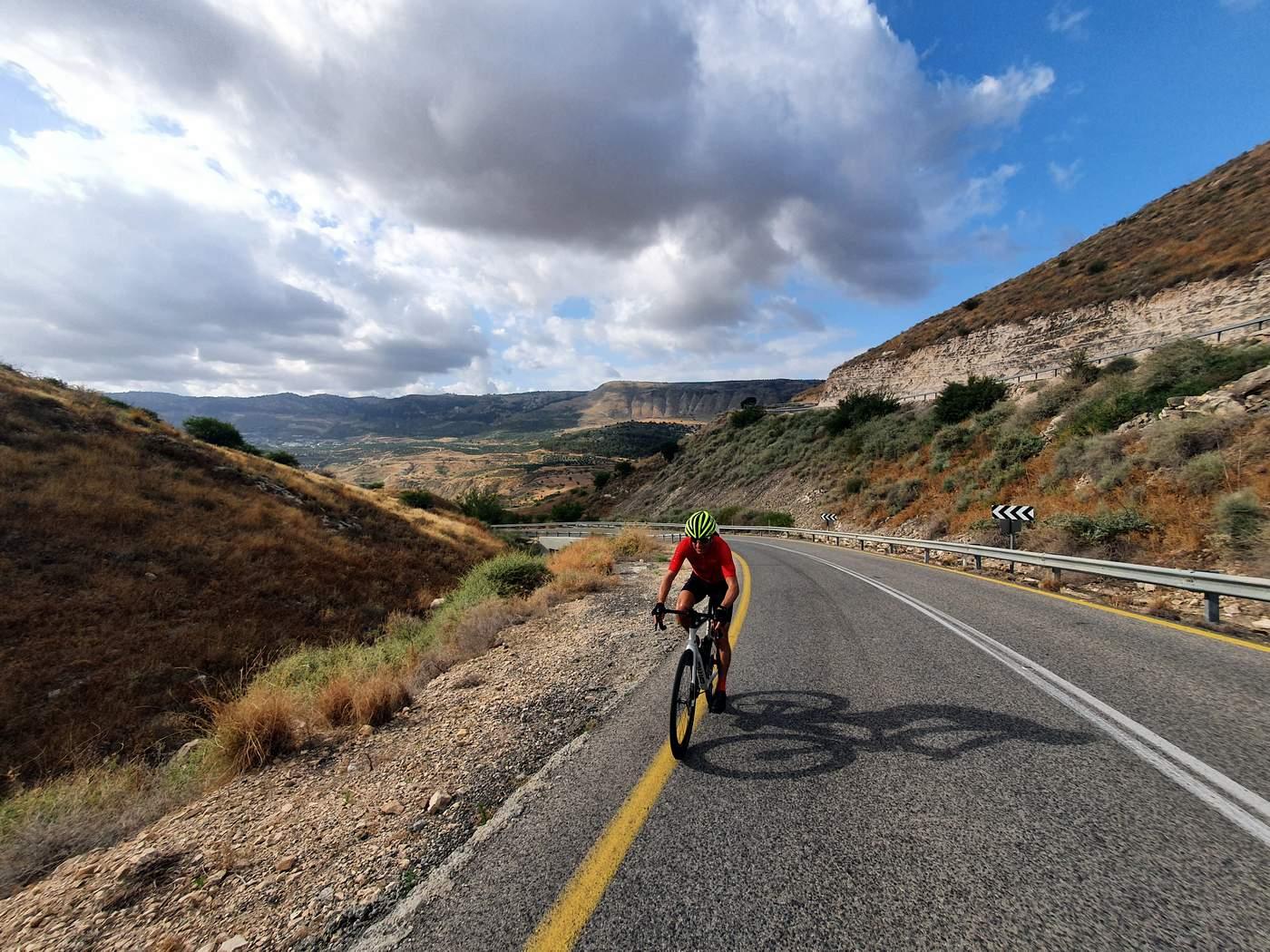 אופני כביש מבוא חמה