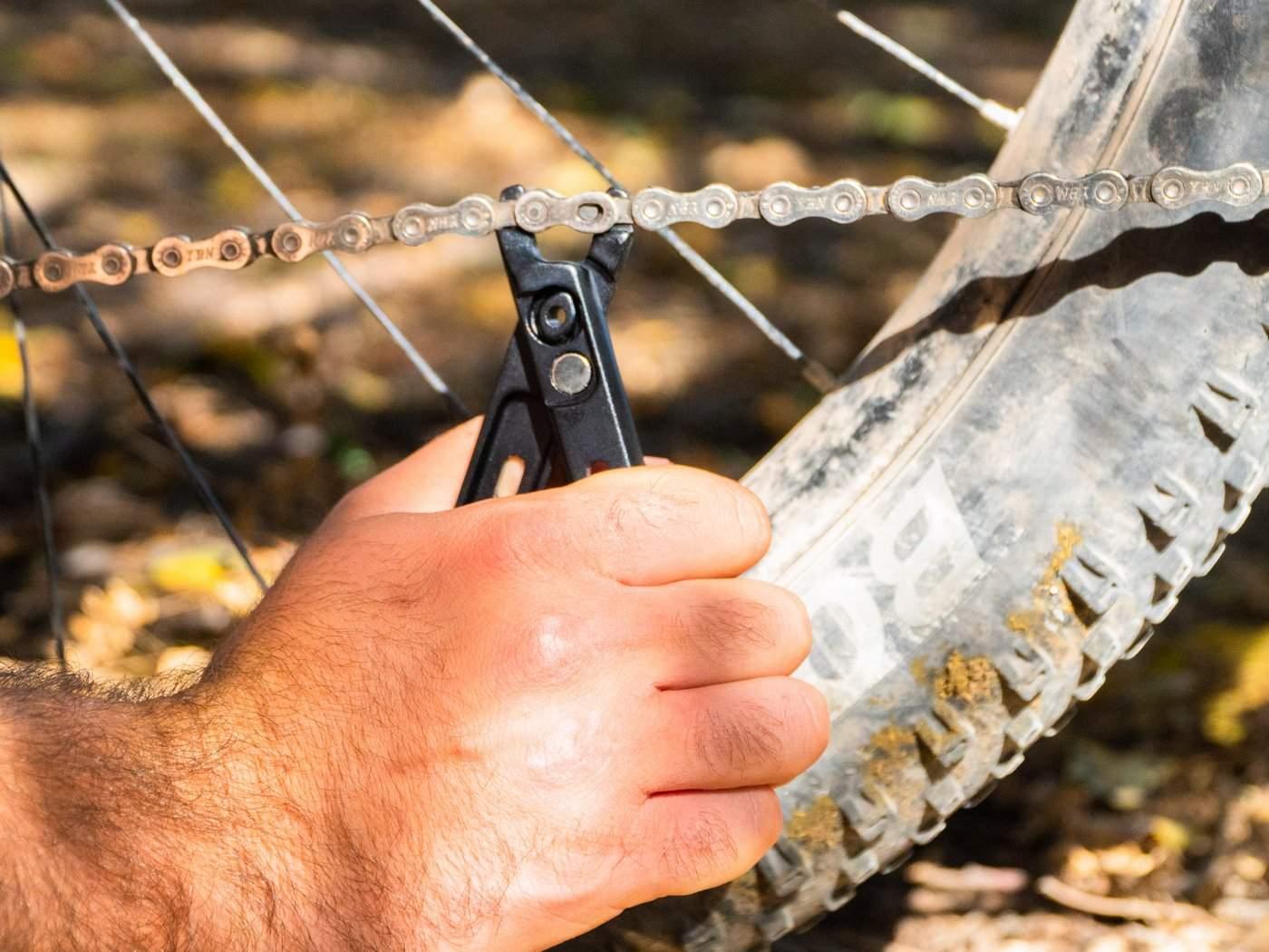 שחרור חולייה בשרשרת אופניים