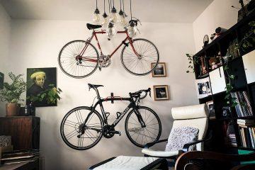 אופניים על קיר